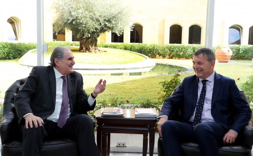 Former Minister Salim Jereysati meets Mr. Philippe Lazzarini.