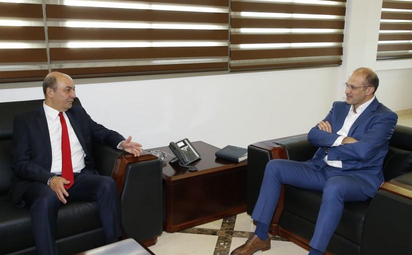 Minister Hamad Ali Hassan meets Turkish Ambassador