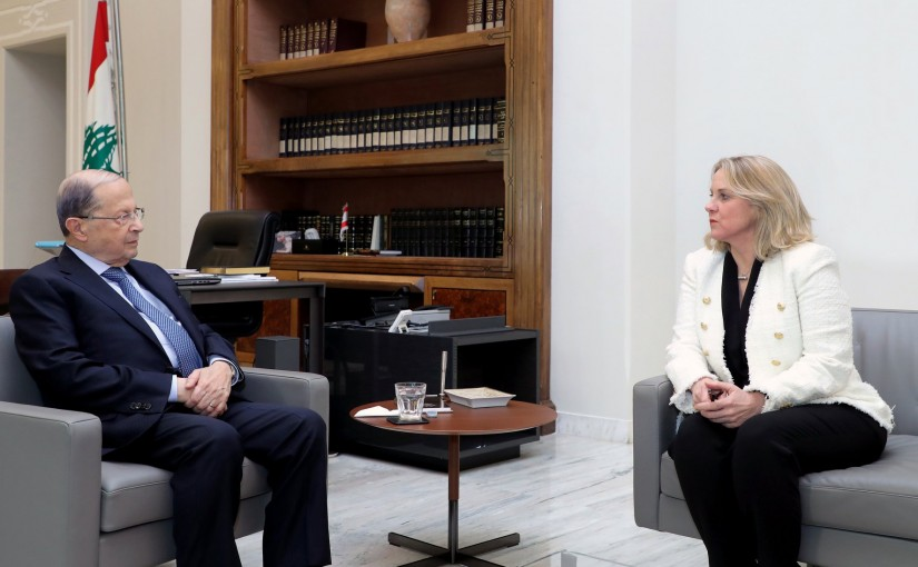 President Aoun meets the Lebanese Ambassador to Jordan Tracy Chamoun.