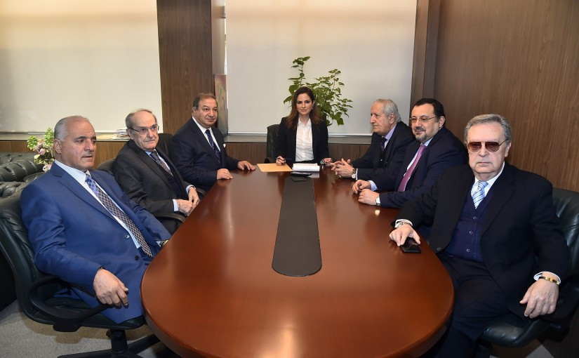 Minister Manal Abdel Samad meets a Delegation from Press Syndicate