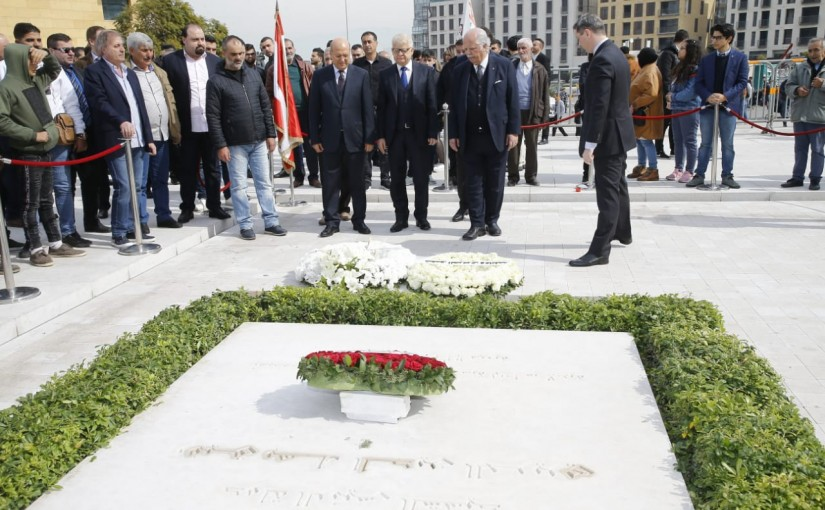 Russian Ambassador Put a Wreath on the Grave of Pr Minister Rafic Hariri