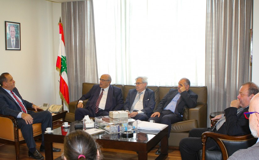 Minister Imad Habalah meets a delegation of the Higher Institute of Sciences