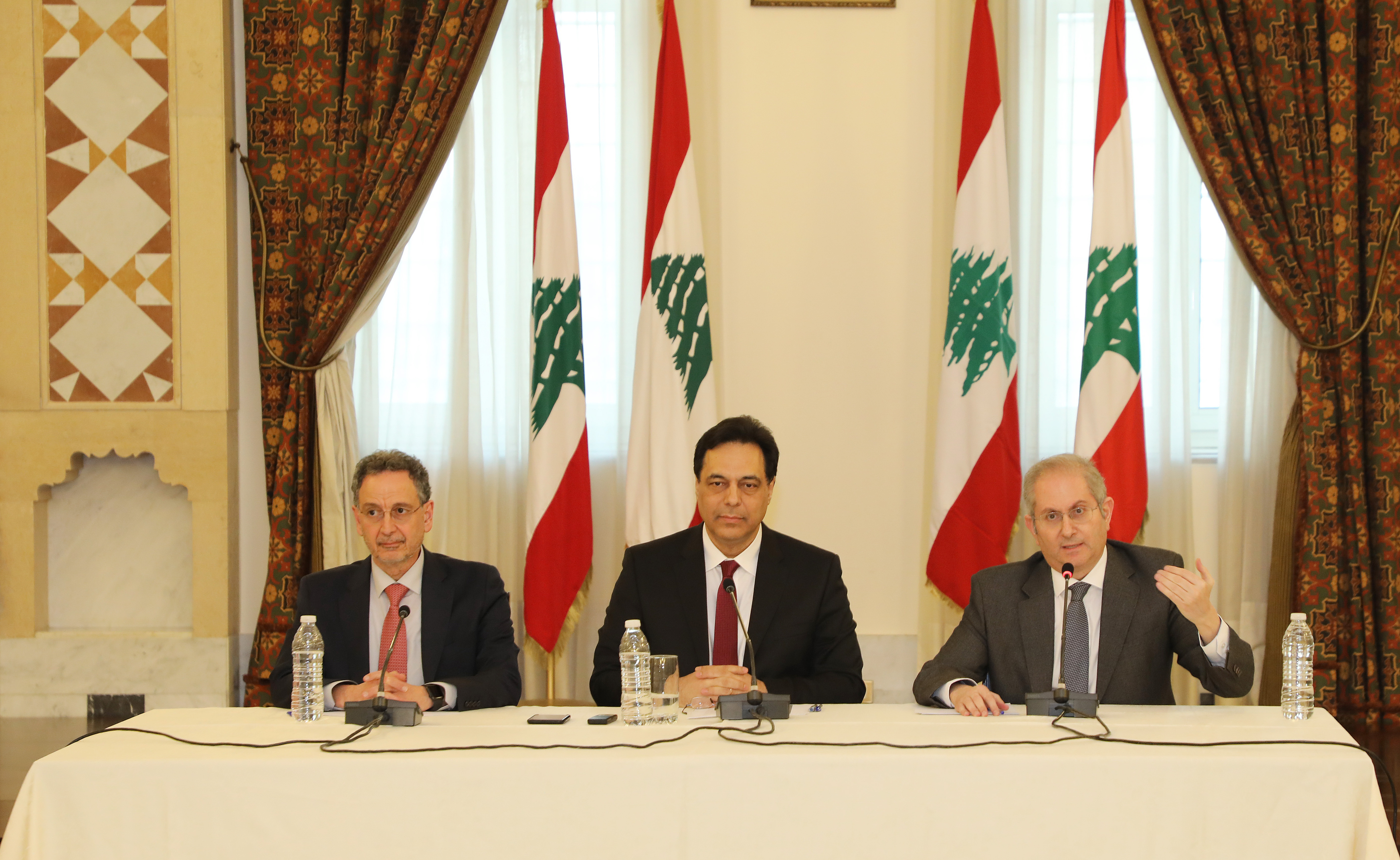 Pr Minister Saad Hariri meets a Delegation from Lebanese Traders 2