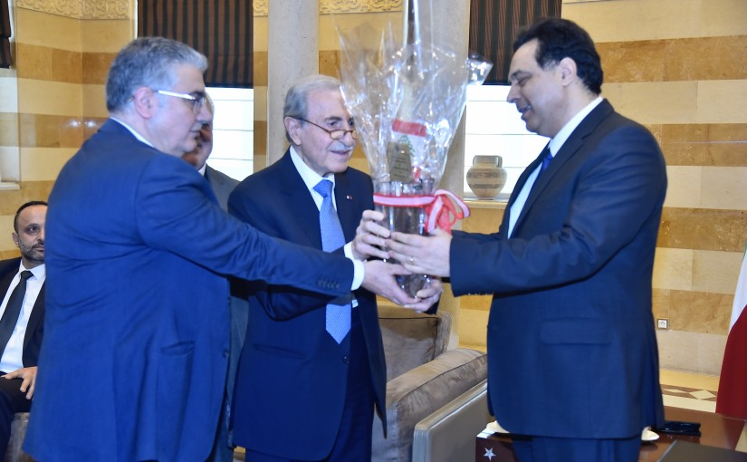 Pr Minister Hassan Diab meets Former Minister Anwar Khalil with a Delegation