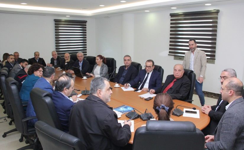 Minister Hamad Ali Hassan meets a Delegation from Lebanese Hospitals