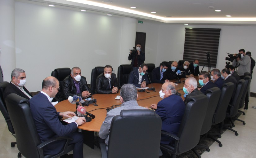 Minister Hassan Hamad meets a Delegation from Lebanese Hospitals