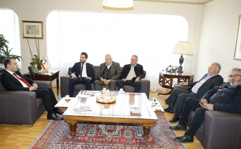 Minister Abass Morthada meets a Delegation from Niha Municipality
