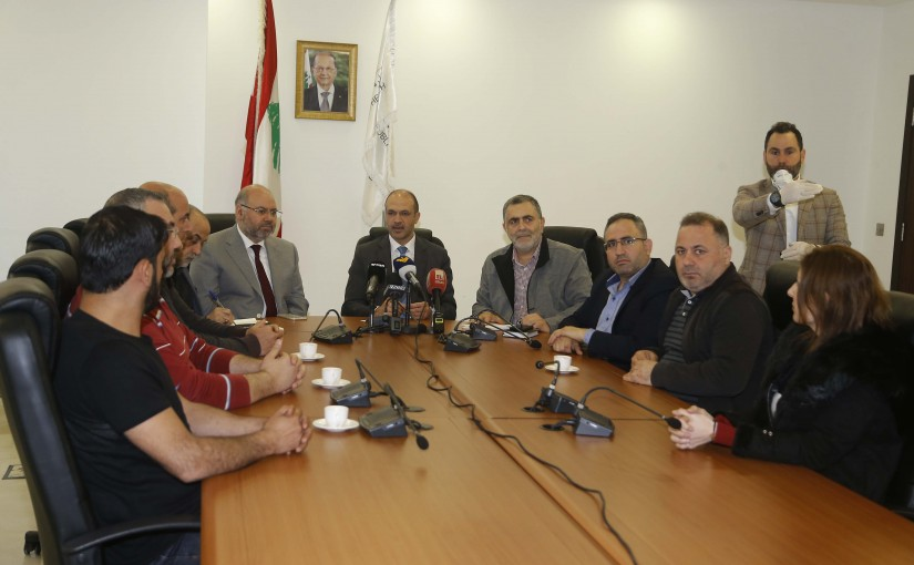 Minister Hamad Ali Hassan meets a Delegation from Rafic Hariri Hospital