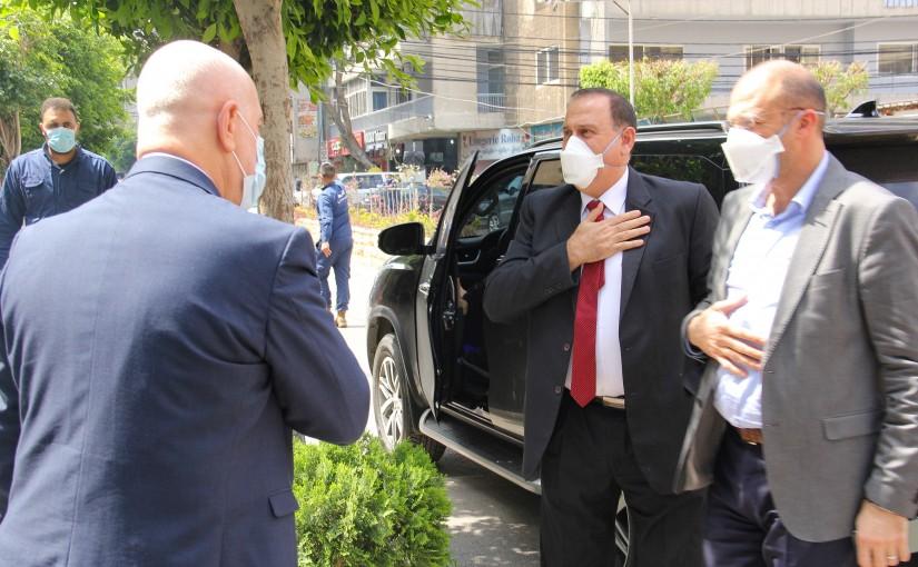 Minister Hassan Hamad Visits Bahman Hospital