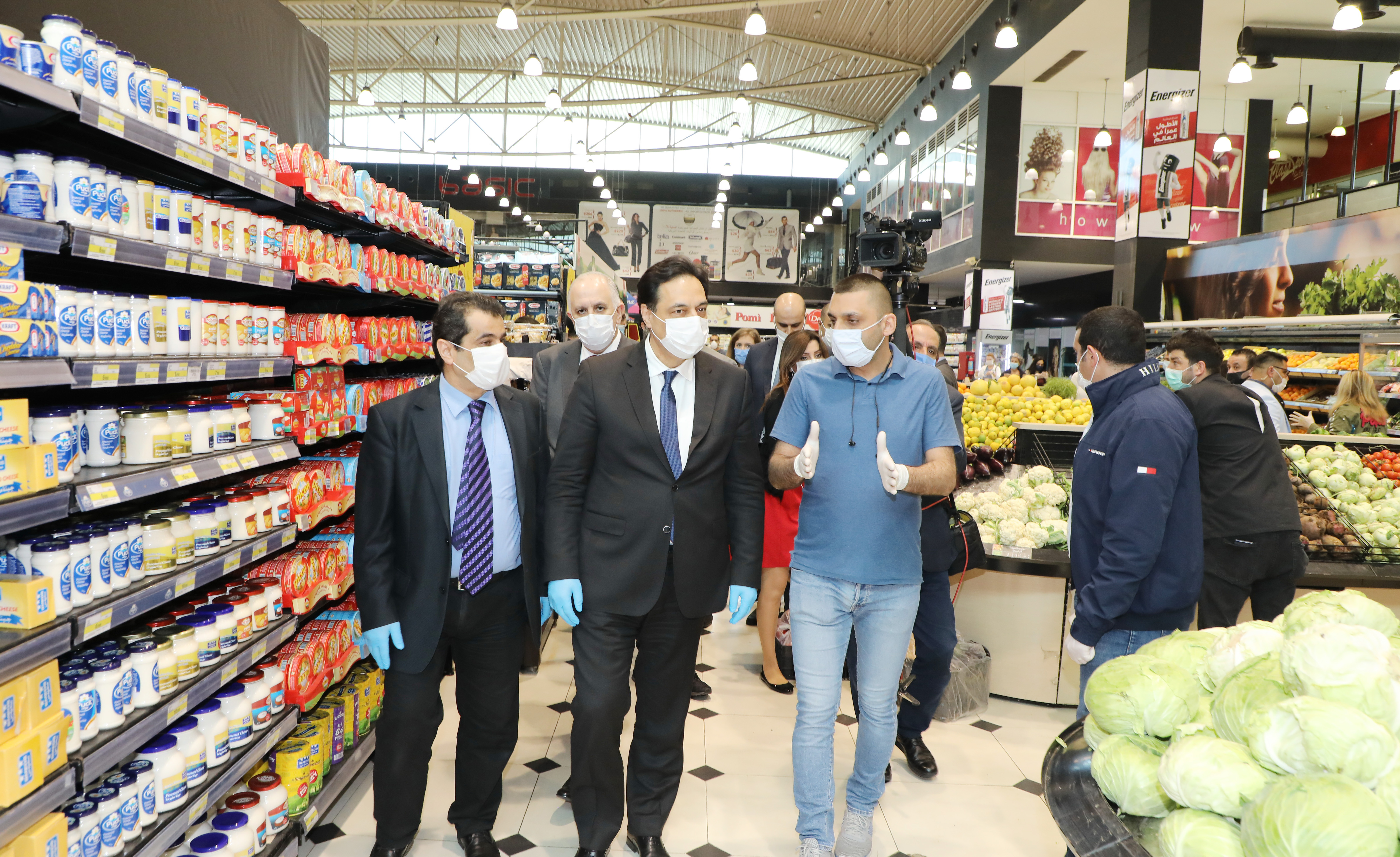 Pr Minister Hassan Diab Visits Spinneys Store 4