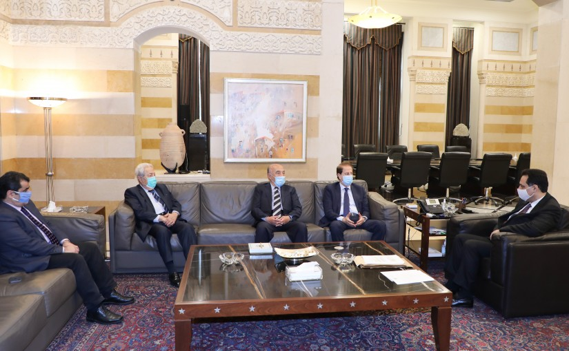 Pr Minister Hassan Diab meets a Delegation from Lebanese Former MP