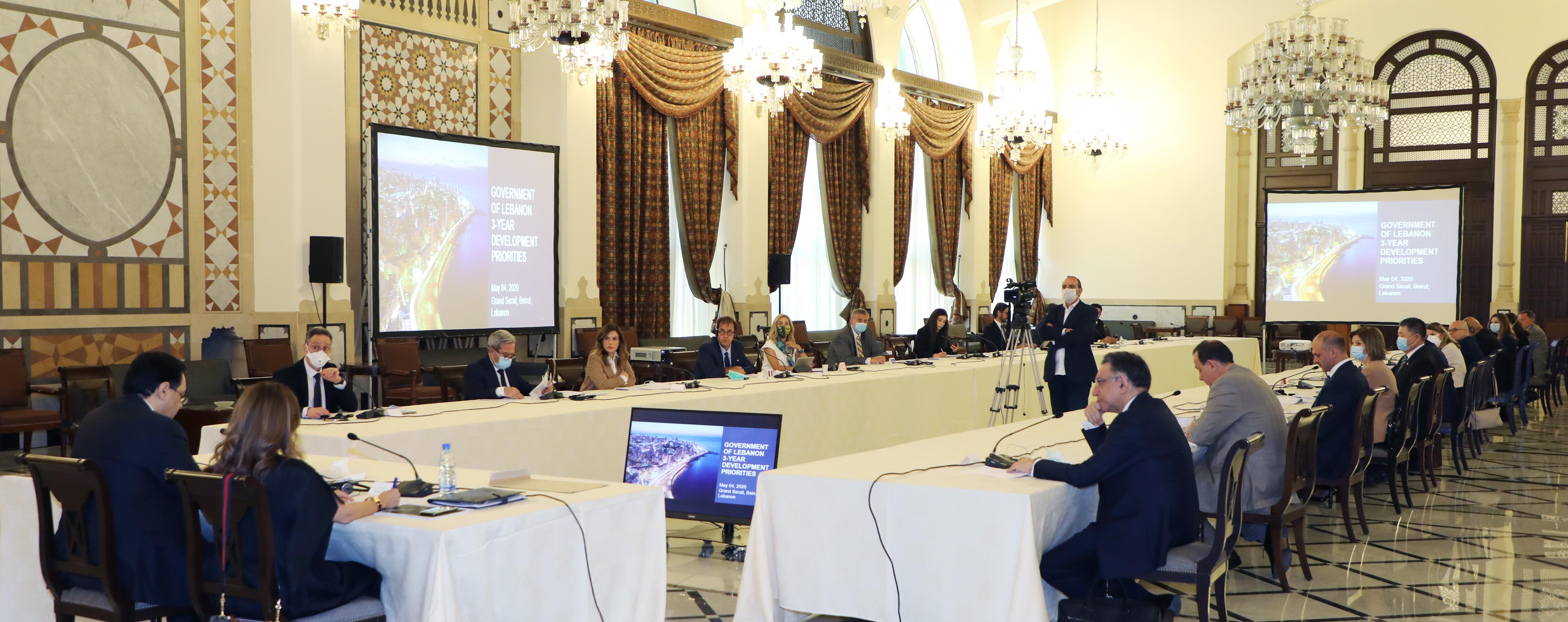 Pr Minister Hassan Diab meets a Delegation form Ambassadors 5