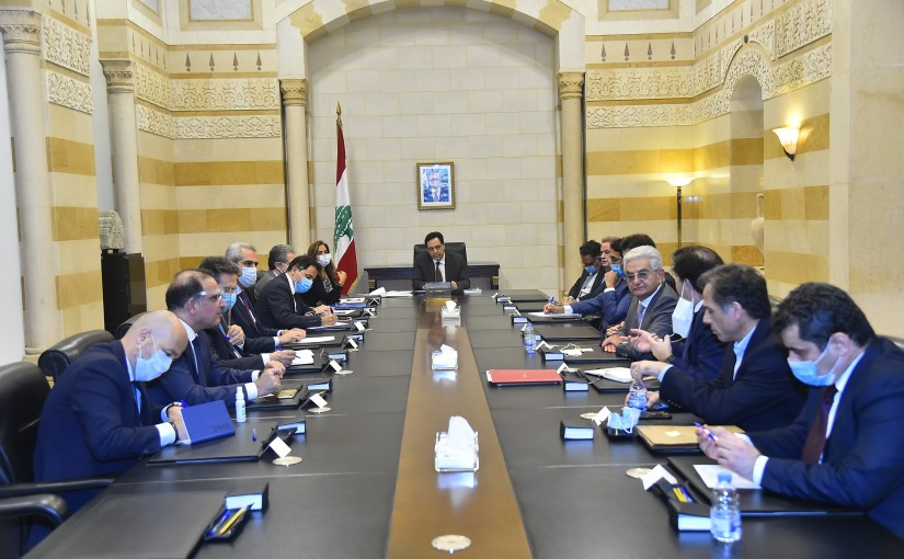 Pr Minister Hassan Diab meets a Delegation from Economical Institute