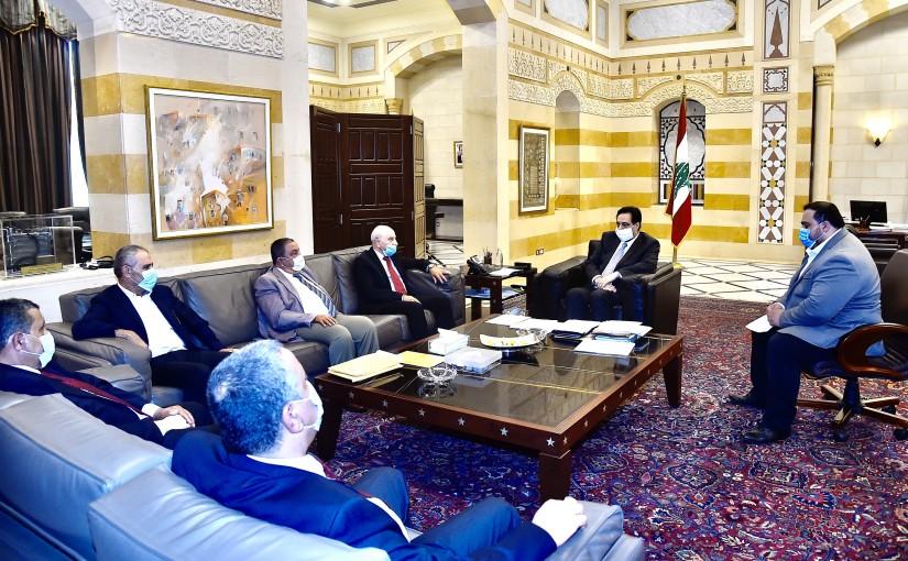 Pr Minister Hassan Diab meets a Palestinian Delegation