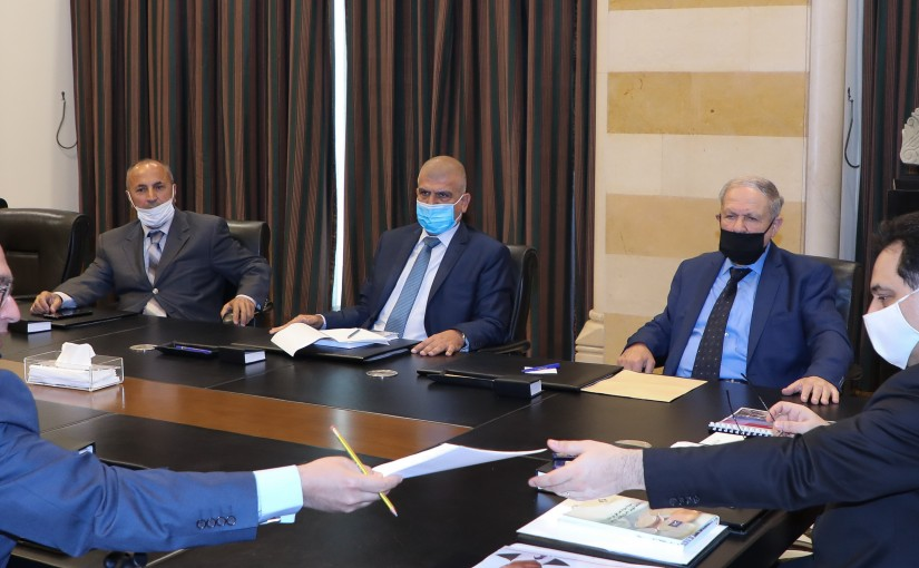 Pr Minister Hassan Diab meets a Delegation from Gaz Station Syndicate
