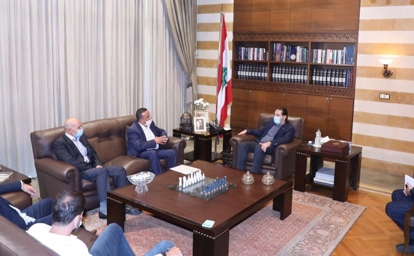 Former Pr Minister Saad Hariri meets a Delegation from Agriculture Syndicate