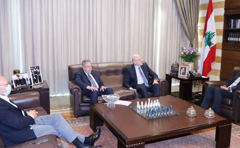 Former Pr Minister Saad Hariri meets a Delegation from Former Pr Minister