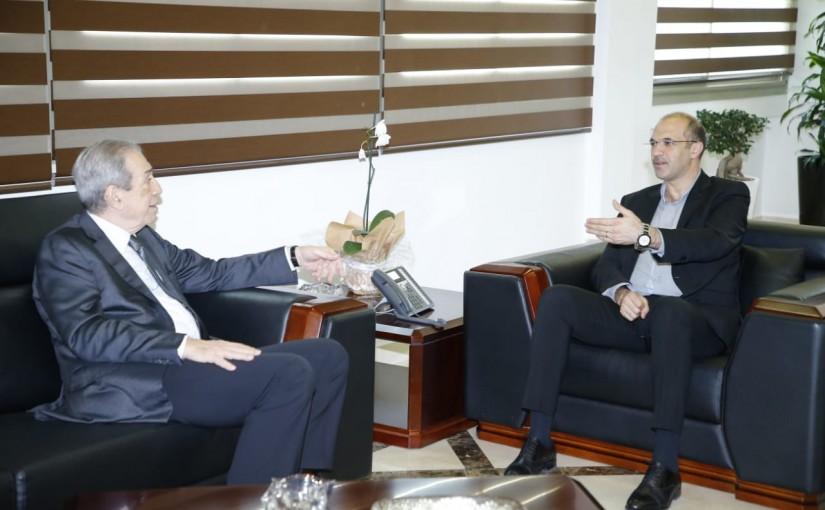 Minister Hassan Hamad meets Mr Samir el Jessir