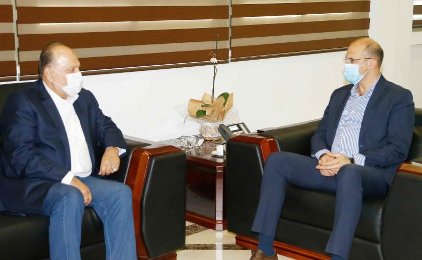 Minister Hassan Hamad meets MP Ali Amar