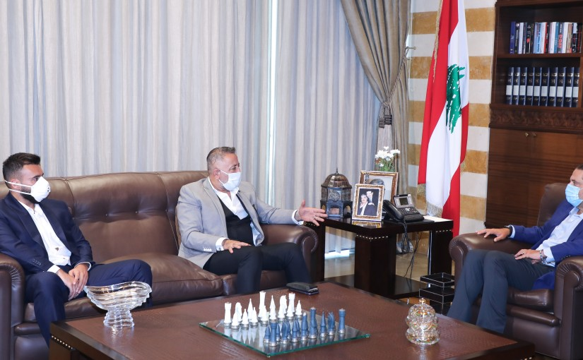 Former Pr Minister Saad Hariri meets a Delegation from Allaqlouq Municipality