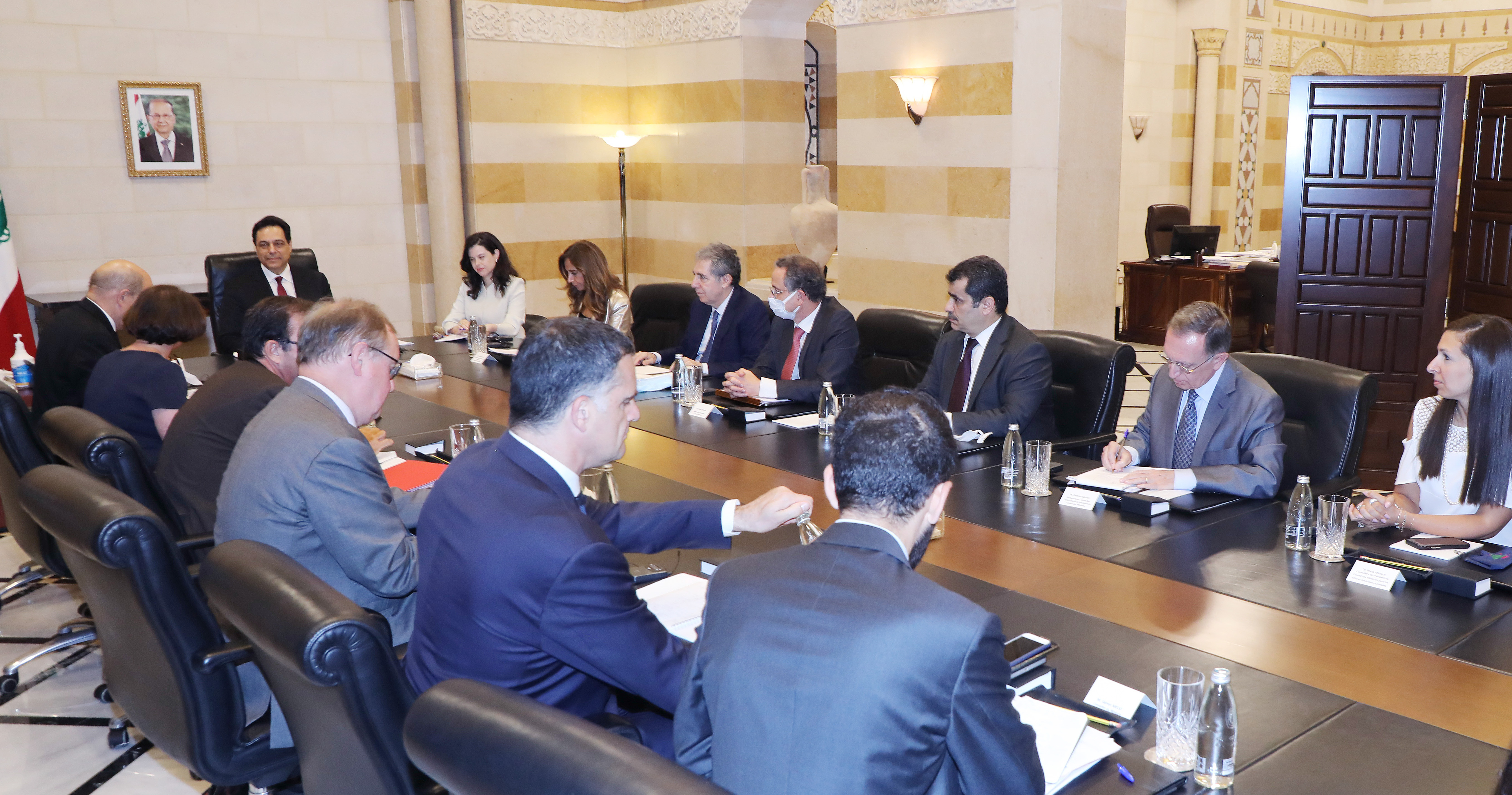 Pr Minister Hassan Diab meets French Minister of Foreign Affairs 4