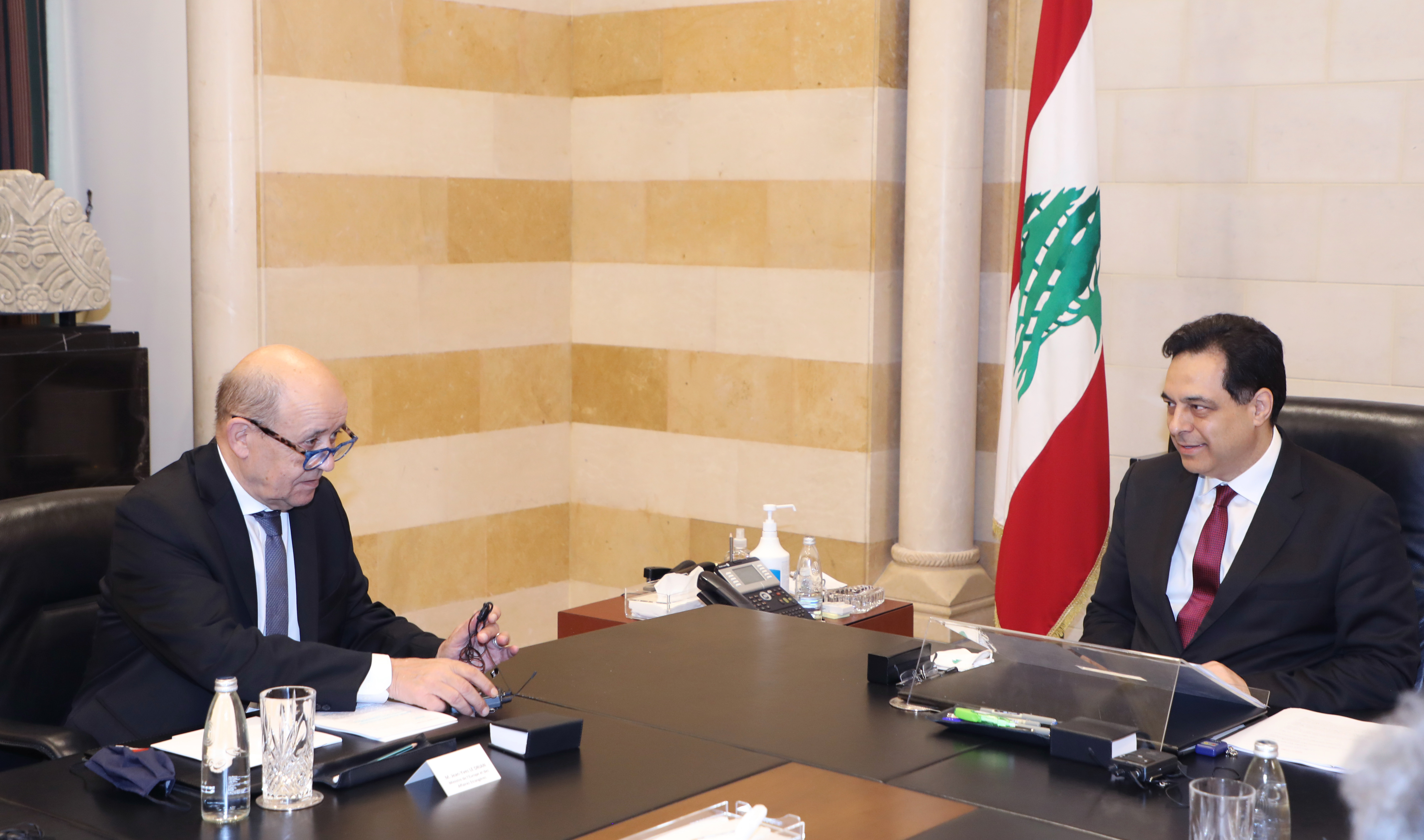 Pr Minister Hassan Diab meets French Minister of Foreign Affairs 5