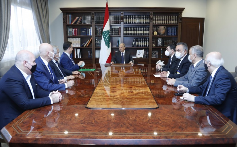 President Michel Aoun meets a Delegation from Lebanon's strong bloc