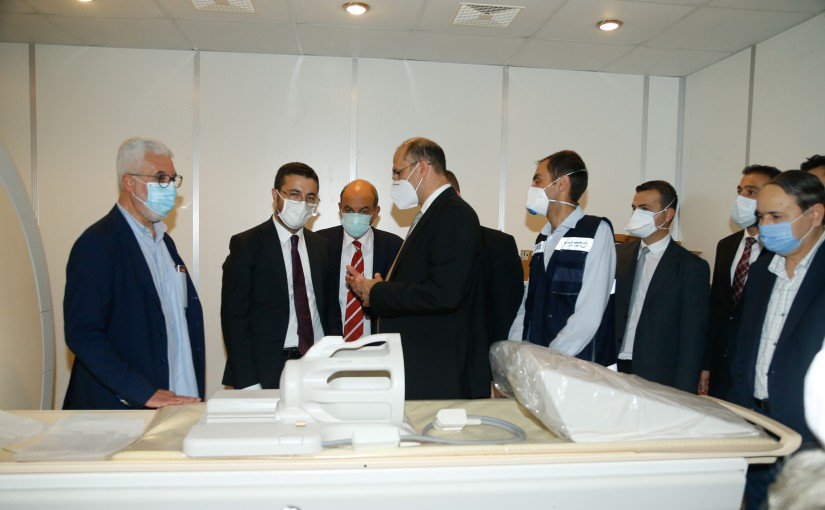 Minister Hassan Hamad Visits Turkish Hospital at Saida