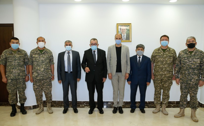Minister Hassan Hamad meets Kazakhstan Ambassador with a Delegation
