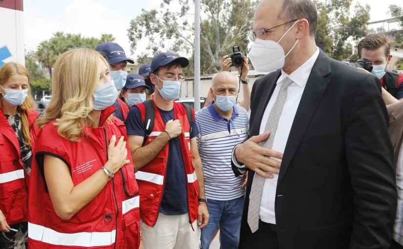 Minister Hassan Hamad Visits Swiss Hospital