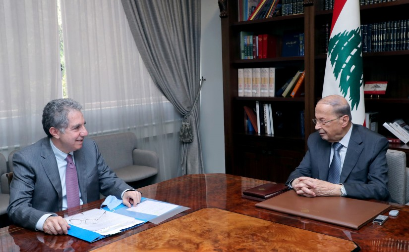President Michel Aoun meets Minister Ghazi Wazni