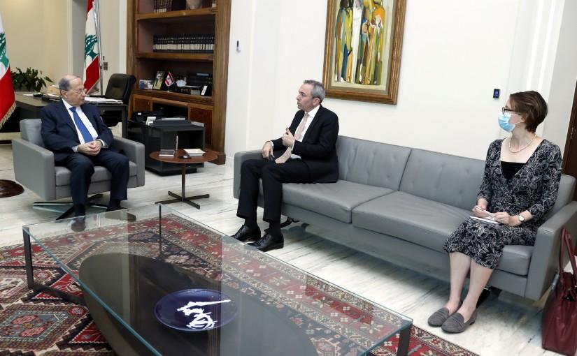 President Michel Aoun meets Ambassador Chris Rampling.