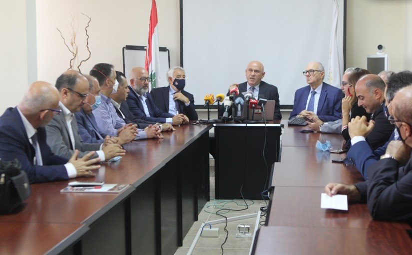 Minister Imad Heballah meets a Delegation from Industrial Syndicate