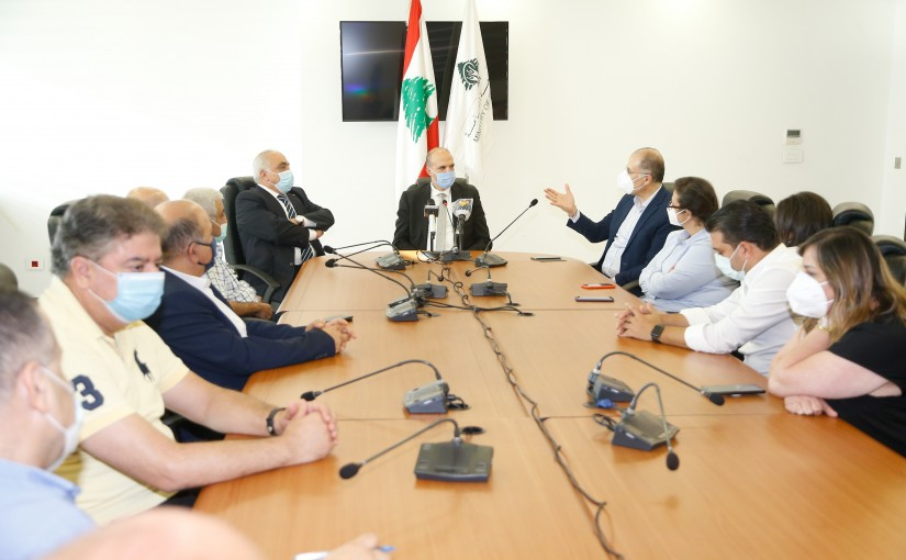 Minister Hassan Hamad meets a Delegation from Sibline Hospital