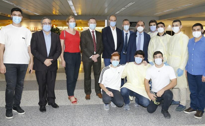 Minister Hassan Hamad Visits Rafic Hariri Airport