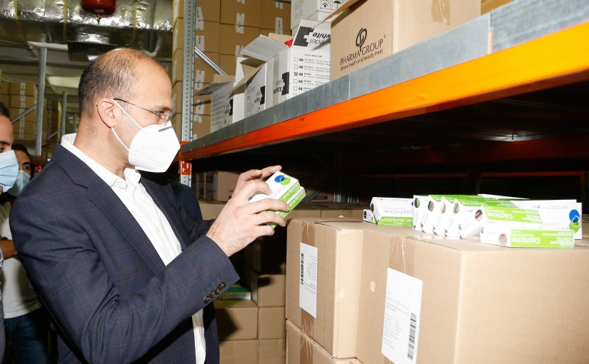 Tour for Minister Hassan Hamad at  Drug warehouses