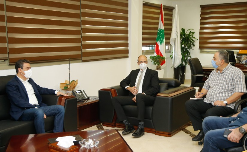 Minister Hassan Hamad meets MP Nicolas Sehnaoui with a Delegation