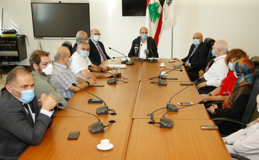 Minister Hassan Hamad meets a Delegation of Lebanese Doctor