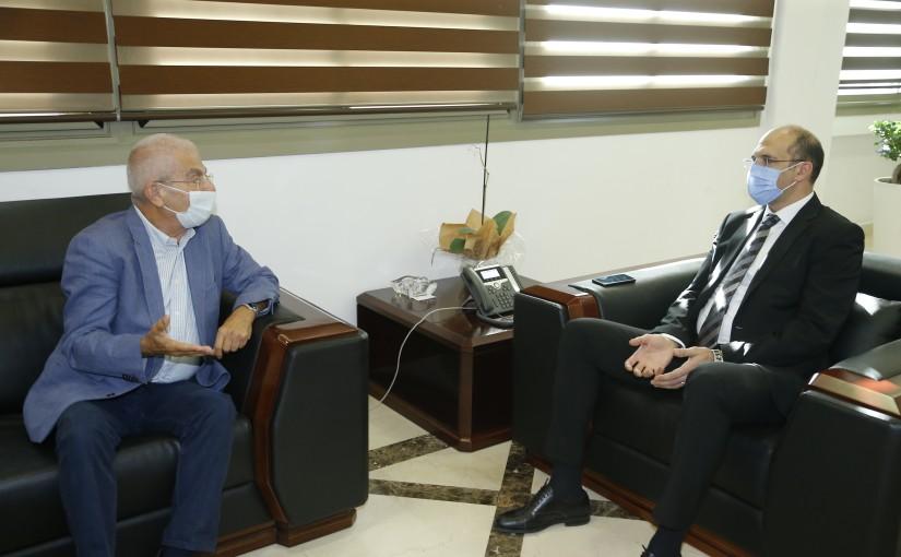 Minister Hassan Hamad meets Former MP Naji Gharios