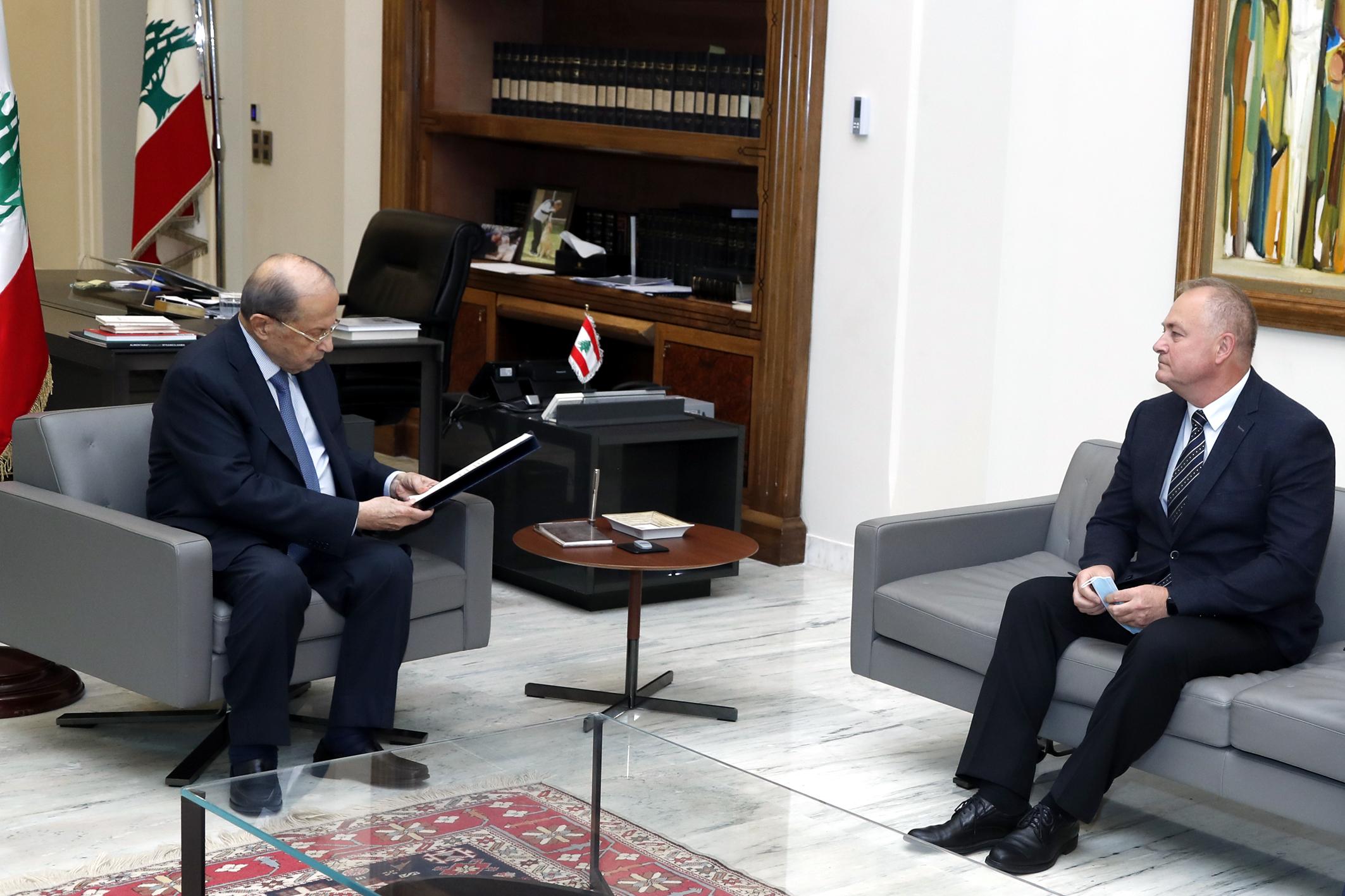 6 - President Michel Aoun meets Russian Ambassador