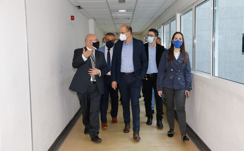 Tours for Minister Hassan Hamad at Rafic Hariri Hospital