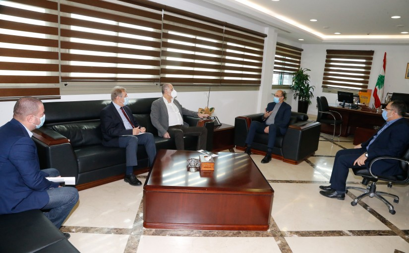 Minister Hassan Hamad meets MP Bilal Abdullah with a Delegation