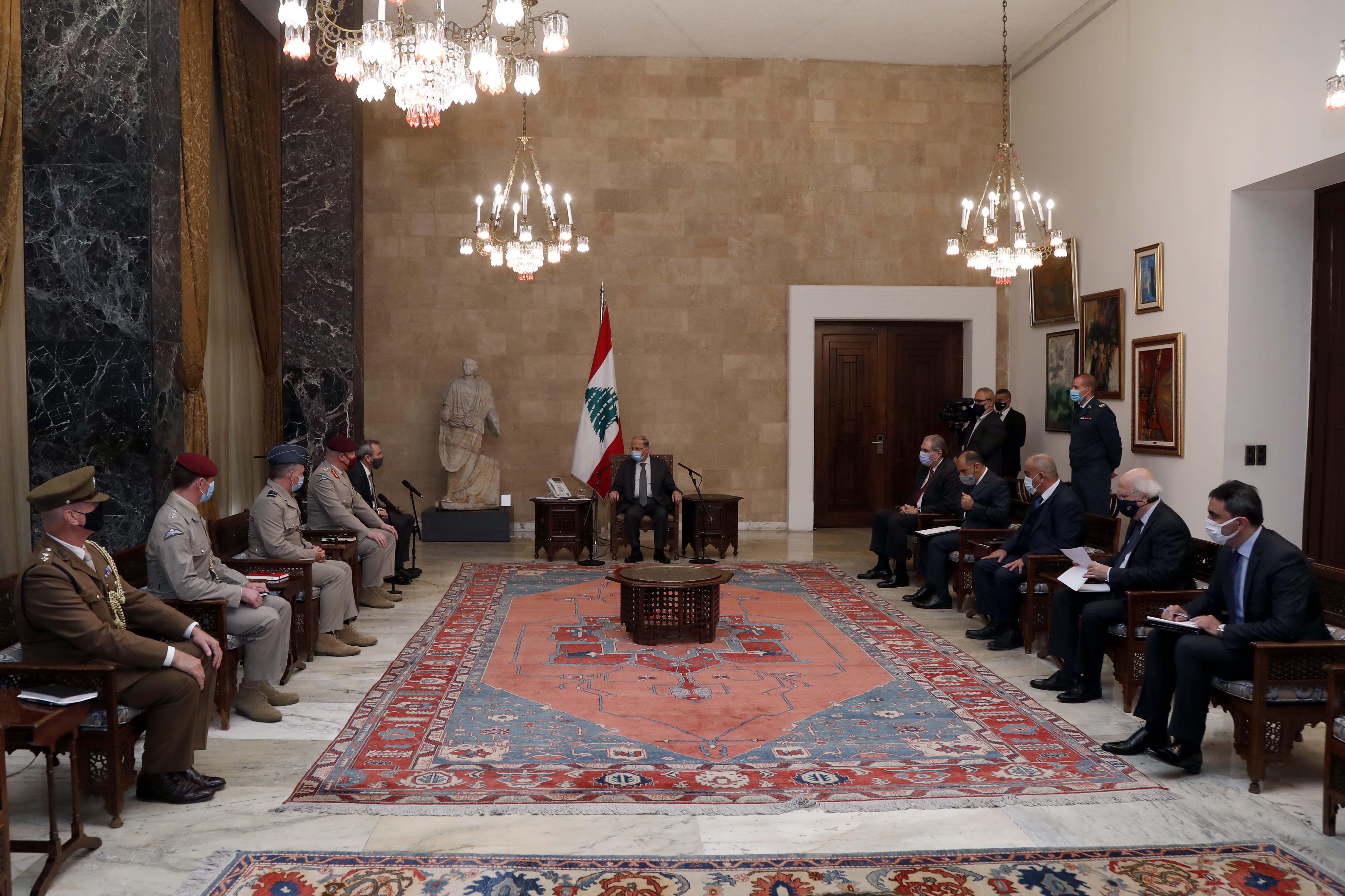 01 - UK Ambassador Chris Rampling  with a Delegation (1)