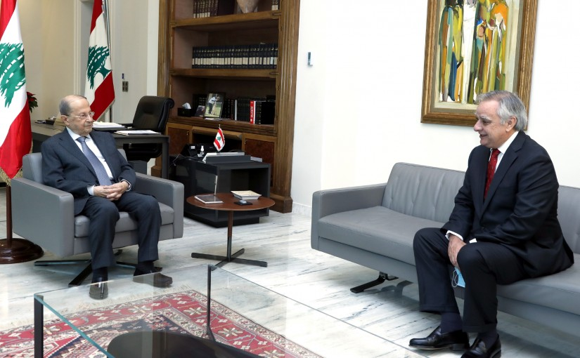 President Michel Aoun meets Ambassador of the Republic of Chile Mauricio Ugalde.