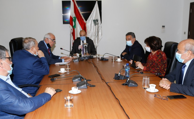 Minister Hassan Hamad meets a Delegation from Syndicate Editor