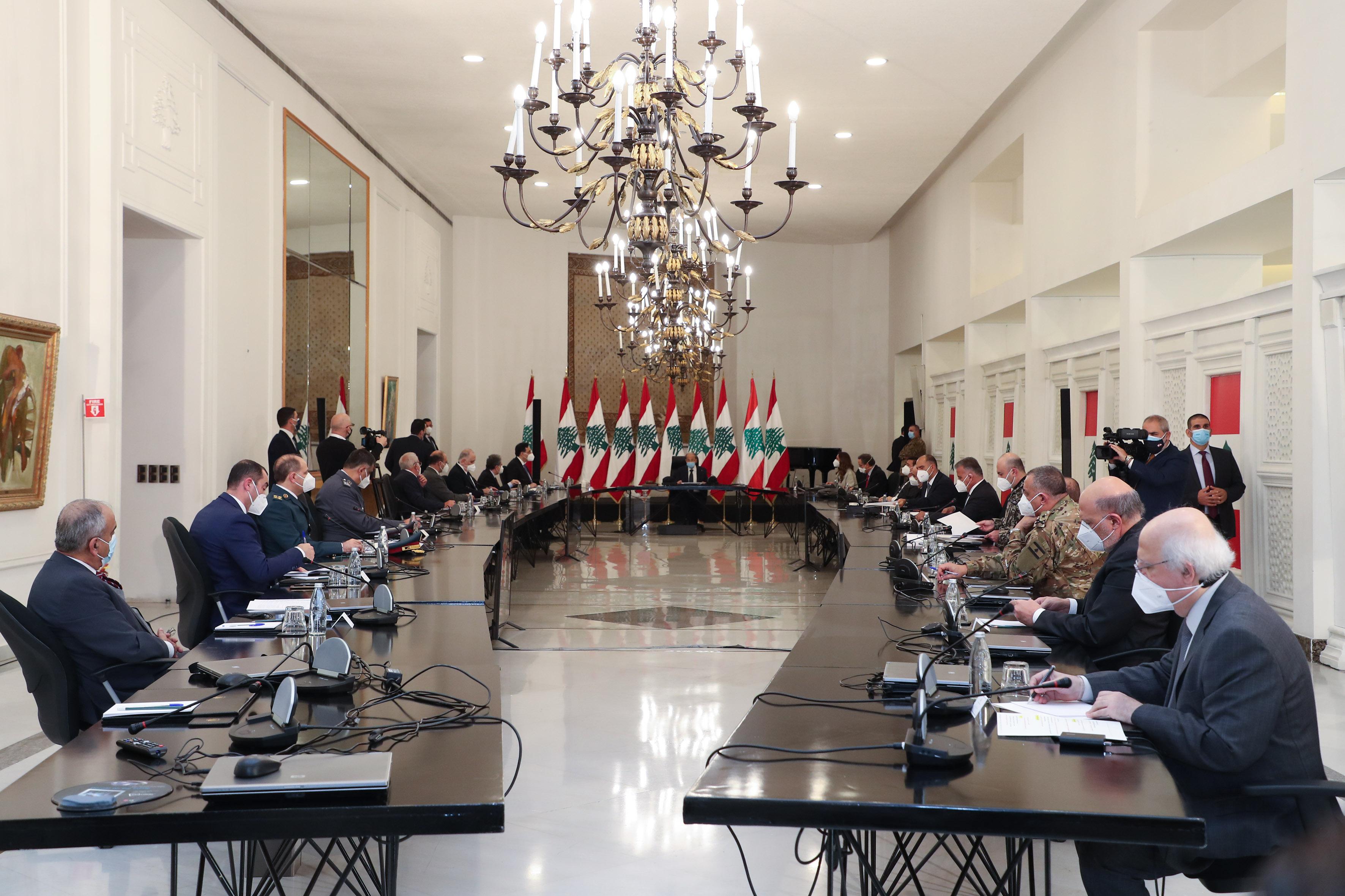 2- Pr. Michel Aoun attends the Supreme Defense Council extraordinary meeting (2)