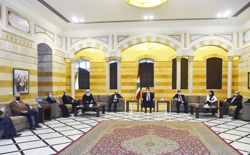 Pr Minister Hassan Diab meets a delegation from the Lebanese Association for Parents of Students Abroad