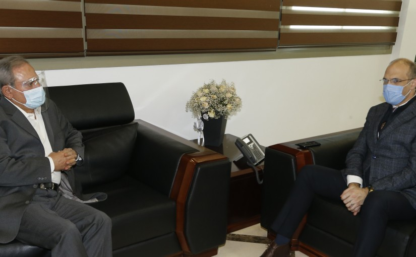 Minister Hassan Hamad meets MP Ayoud Hemayed