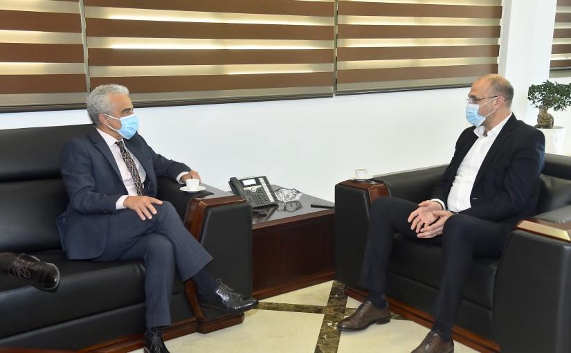 Minister Hassan Hamad meets Brazilian Ambassador
