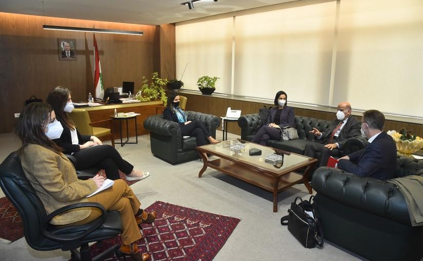 Minister Manal Abdel Samad meets a Delegation from Francophomie